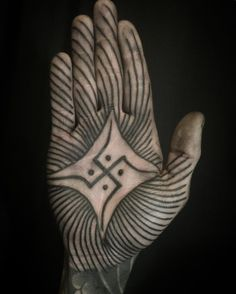 JULIAN BAST Manos Tattoo, Body Mods, Love, Palms, Hand Tattoos, Ideas, Art, Best Tattoo Ever, S Tattoo