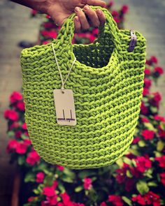 Modern Scandinavian Style Crochet Bag Minimalistic Easy care Washable Color retention Super strong 36 cm width x 40 cm height polyester handmade in Tenerife Mochila Crochet, Crochet Tote, Bead Crochet, Mini Handbags, Scandinavian Style, Knitted Bags, Knitting Designs, Hand Knitting, Purses And Bags