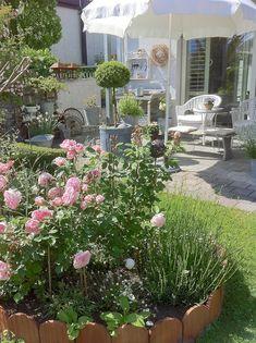 Vin E Deko Lasst Den Garten Charmanter Und Weiblicher Erscheinen Garten Hardware Pinterest Garten And Gardens