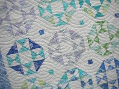 Beach Themed Comforters Washed Ashore Beach Themed Quilt Bedding Beach Themed Quilt Covers Australia Check Out These 6 Fun Summer Themed Quilts To Brighten Your Day Cute Quilts, Easy Quilts, Quilting Projects, Quilting Designs, Quilting Ideas, Beach Themed Quilts, Batik Quilts, Scrappy Quilts, Picnic Quilt