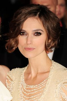 I think I want to try this haircut... scared to go so short, though!