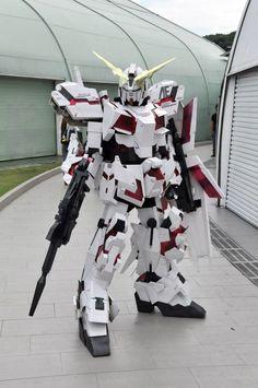 Unicorn Gundam cosplay by ~miragecld on deviantART