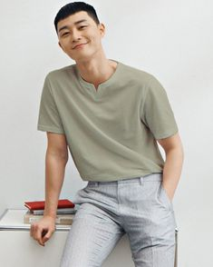 Witch's Romance, Cool Outfits, Casual Outfits, Men Casual, Handsome Asian Men, Park Seo Joon, Fashion 2020, Mens Fashion, Asian Actors