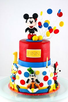Sweet Art Cakes by Milbreé Moments: Finnegan Cole's Mickey Mouse cake