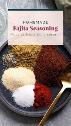 Make your own all-purpose fajita seasoning at home with just 6 basic spices! You can use our homemade fajita seasoning recipe on chicken, steak, veggies, in soup and more. Chicken Fajita Seasoning Recipe, Fajita Seasoning Packet, Fajita Spices, Homemade Fajita Seasoning, Fajita Recipe, Seasoning Mixes, Homemade Spice Blends, Homemade Spices, Homemade Seasonings