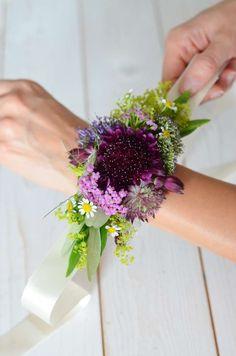 Wildflower Wedding - Part Tie Flower Bracelet for Bridesmaids by Yourself Bridesmaid Flowers, Bridesmaids, Flower Bracelet, Wild Flowers, Herbs, Bracelets, Plants, Wedding, Trends