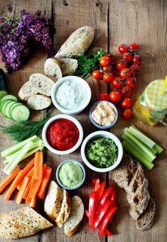 Színpompás krémek és mártogatósok | Street Kitchen New Recipes, Recipies, Tortilla Chips, Wok, Fresh Rolls, Hummus, Cobb Salad, Feta, Carrots