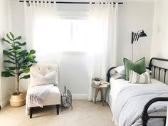 Today felt like spring, borderline the beginning of summer. Not just because it was warm and sunny, but also the way the lighting inside… Guest Bedrooms, Room, Home, Home Bedroom, Farmhouse Style Bedroom Decor, Daybed Room, Small Bedroom, Guest Bedroom Office, New Room