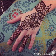 detailed mehndi design for hand Mehandi Design Henna Design# Mehandi Art Mehandi Art Henna Art Beautiful henna design by how lush the paste look like! Make the design so beautiful detailed mehndi design for hand Arabic Henna Designs, Mehndi Designs For Girls, Beautiful Henna Designs, Best Mehndi Designs, Simple Mehndi Designs, Henna Tattoo Designs, Tattoo Ideas, Mehandhi Designs, Henna Tutorial