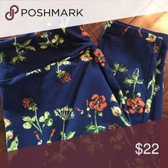 LuLaRoe OS Leggings Navy with Orange Flowers Too many LuLaRoe leggings!  How is that even possible?  My downsize is your gain!  Butter soft & super stretchy... LuLaRoe Pants Leggings