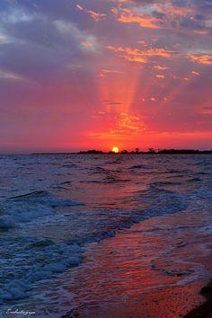 A wonderful sunset  on the beach   ☺