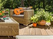 VIDEO: Jak si poradit s pěstováním paprik - iDNES.cz Outdoor Furniture Sets, Outdoor Decor, Home Decor, Decoration Home, Room Decor, Home Interior Design, Home Decoration, Interior Design
