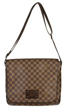 Louis Vuitton Damier Ebene Brooklyn Mm Messenger Handbag Brown Messenger Bag. Get one of the hottest styles of the season! The Louis Vuitton Damier Ebene Brooklyn Mm Messenger Handbag Brown Messenger Bag is a top 10 member favorite on Tradesy. Save on yours before they're sold out!