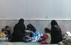 """La oposición siria denuncia una """"masacre"""" con armas químicas en Damasco www.rtve.es/f/118495"""