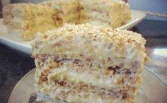 Исключительно вкусный, восхитительно нежный, изысканный торт, который украсит ваш праздничный стол и удивит гостей. Тесто: На каждый корж : 3 белка 2.5 ст.л. сахара 1/2 ст.л. муки 50 гр. мол…