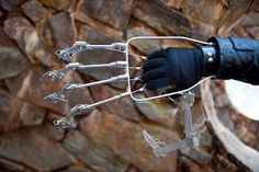 DIY oversized mechanical articulating hand, great for cosplay, halloween costumes, etc