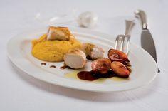 Lombo di coniglio purè di carote e scalogni glassati ricetta