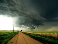 Kansas - even in a storm it's beautiful. I spent all my summer's in Kansas when I was a child & I think that's why I love storms! Wall Cloud, Kansas Usa, State Of Kansas, Kansas City, Oklahoma, Places To Travel, Places To Go, Land Of Oz, Home On The Range