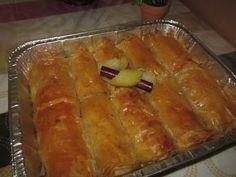 Tasty~Mam: ΓΑΛΑΚΤΟΜΠΟΥΡΕΚΟ ΦΛΟΓΕΡΕΣ Hot Dog Buns, Hot Dogs, Greek Recipes, Tasty, Sweets, Bread, Desserts, Food, Tailgate Desserts