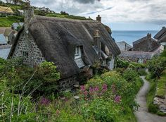 Cottage in Cadgwith, a tiny fishing village in Cornwall, England Stone Cottages, Cottages By The Sea, Cabins And Cottages, Storybook Homes, Storybook Cottage, English Country Cottages, English Countryside, Cute Cottage, Cottage Style