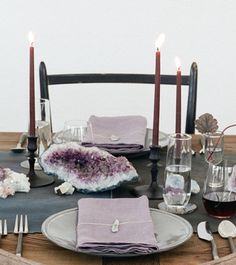 Purple, gray and onyx inspired tablescape with geodes and crystals for one rocking table - hipster, boho trendy tablescape