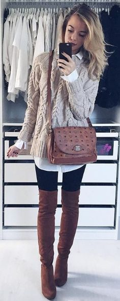This is such a cute outfit with black leggings!