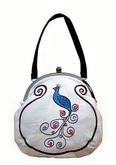 Items similar to Peacock Frame Bag on Etsy f6223c87c20c0