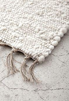 Carpet Runners For Sale Melbourne Code: 4251818354 Under Bed, Wall Carpet, Home Trends, Living Room Carpet, Berber Rug, Carpet Runner, Crochet Crafts, Cool Rugs, Woven Rug