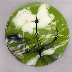 Clock by uxhumano art done with resin