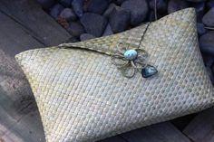 Natural Clutch purse Kete