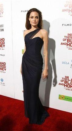 Mira cómo el estilo de Angelina Jolie se ha transformado (© REUTERS/Mario Anzuoni)