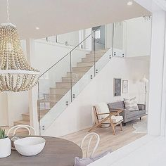 Amazing Glass Staircase Ideas To Inspire You Basically, luxury homes are deliberately made for people who like and like the element of beauty but with an elegant impression. Therefore, in designing luxury homes are generally not arbitrary alt… Staircase Railings, Modern Staircase, Staircase Design, Stairways, Staircase Ideas, Railing Ideas, Modern Railing, Banisters, Stair Idea