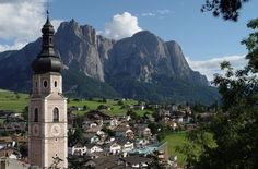 Bolzano, Italy or Bozen. come here to see the frozen man! Places To Travel, Places To Visit, Italy Destinations, Jungfraujoch, Best Of Italy, Italian Lakes, Places In Italy, South Tyrol, Going On A Trip