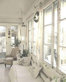 Stunning 75 Romantic Shabby Chic Living Room Decor Ideas https://crowdecor.com/75-romantic-shabby-chic-living-room-decor-ideas/