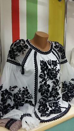 Frock Fashion, Boho Fashion, Fashion Dresses, Pakistani Dress Design, Pakistani Outfits, Embroidery Fashion, Embroidery Dress, Stylish Dresses, Trendy Outfits