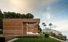 This is one of the most spectacular homes I've ever seen... The Rio de Janeiro Home of Alex Lerner by Arthur Casas