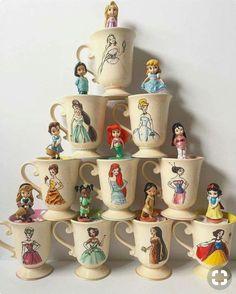 I adore this Disney Mug collection! Mugs of Disney I adore this Disney Mug collection! Mugs of Disney Casa Disney, Disney Rooms, Disney Dream, Disney Art, Disney Pixar, Disney Style, Disney Coffee Mugs, Disney Cups, Disney Kitchen