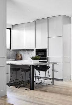 Australian designers and architects are bringing a new meaning to luxury kitchens with the help of American luxury appliance brand, Sub-Zero and Wolf.