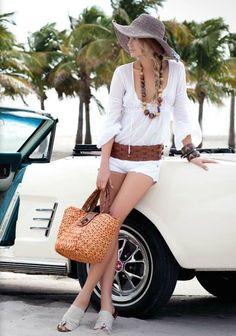 Moda para un dia de playa chicas