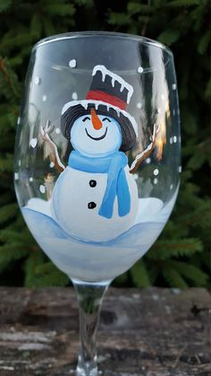 Snowman Wine Glass 1 Hand Painted Wine Glass by Christmas Wine Glasses, Diy Wine Glasses, Christmas Wine Bottles, Hand Painted Wine Glasses, Painted Wine Bottles, Wine Glass Crafts, Wine Bottle Crafts, Mason Jar Art, Bottle Painting