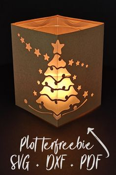 Plotterfreebie lantern Christmas tree - cameo - freebies and files to pay for - Christmas Crafts To Sell, Noel Christmas, Diy Crafts To Sell, Diy Crafts For Kids, Christmas Cards, Easy Crafts, Wood Crafts, Paper Crafts, Diy Cutting Board