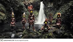 Photographs-of-vanishing-tribes-before-they-pass-away