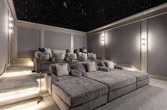 Home Theater Room Design, Home Cinema Room, Home Theater Rooms, Home Theater Seating, Home Theater Basement, Home Theater Furniture, Media Furniture, Basement Apartment, Home Theater Systems