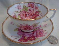 ~Vintage Roslyn Sunningdale Bone China Tea Cup & Saucer Made In England! LOVLEY~