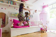 Vida agitada de empresária de celebridades, MARIANA LOBO, mãe de CECÍLIA (e filha de Edu Lobo), queria uma repaginada no quarto da filha. Por Nina Moraes