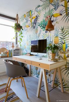 Home office decor ideas that will amazing inspirations 27 ⋆ Main Dekor Network Office Workspace, Home Office Desks, Home Office Furniture, Office Decor, Furniture Online, Office Ideas, Office Designs, Apartment Furniture, Apartment Ideas