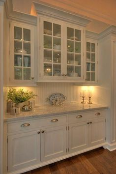 110 Lovely White Kitchen Cabinet Design Ideas Page 79 of 108 White Kitchen Cabinets Cabinet Design Ideas Kitchen Lovely Page White Small Kitchen Cabinet Design, White Kitchen Cupboards, Kitchen Cabinets Decor, Home Decor Kitchen, Country Kitchen, Home Kitchens, Glass Cabinets, Upper Cabinets, Kitchen Tile