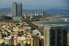 Barcelona bans new hotels in city centre