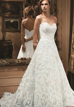 Make the bottom layer blue for traditional Irish wedding gown!  I'm saying Yes! To this dress :)