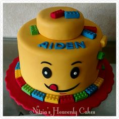 Yellow head lego cake